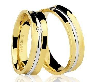 Par de Alianças anatômicas em ouro branco e amarelo ou Rosé 18K-750 com 1 Diamante de 5pts - Cod.77-0202-X-005