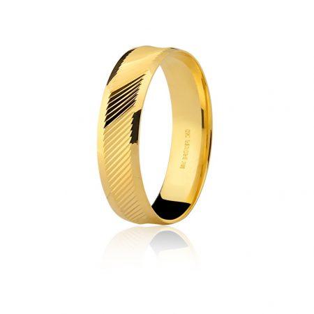 Aliança trabalhada em ouro amarelo 18k - 7502602000