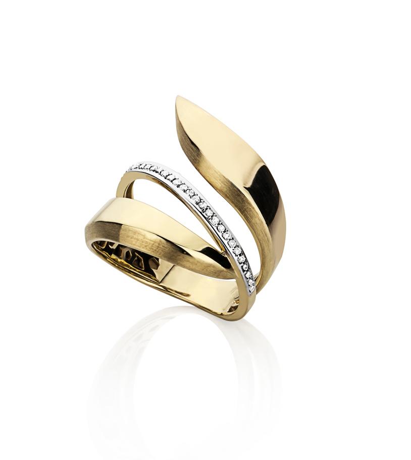 819bb50d0d2bd Anel em ouro amarelo 18k aro recortado com uma fila de diamantes ...