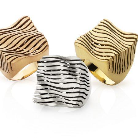 Anel largo quadrado assimétrico em ouro amarelo, branco ou rosê 18k