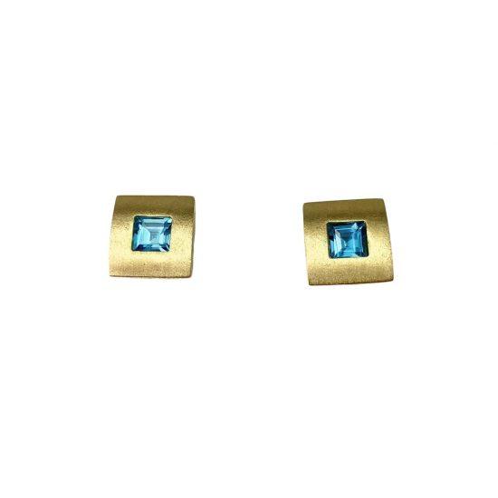 Par-de-brincos-em-ouro-com-topázio-azul-BR